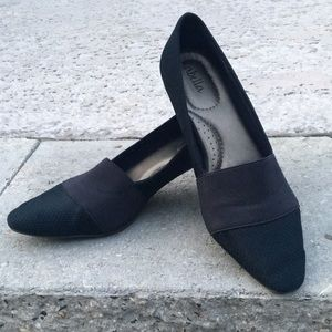 Shoes - Women's low Dress Shoe